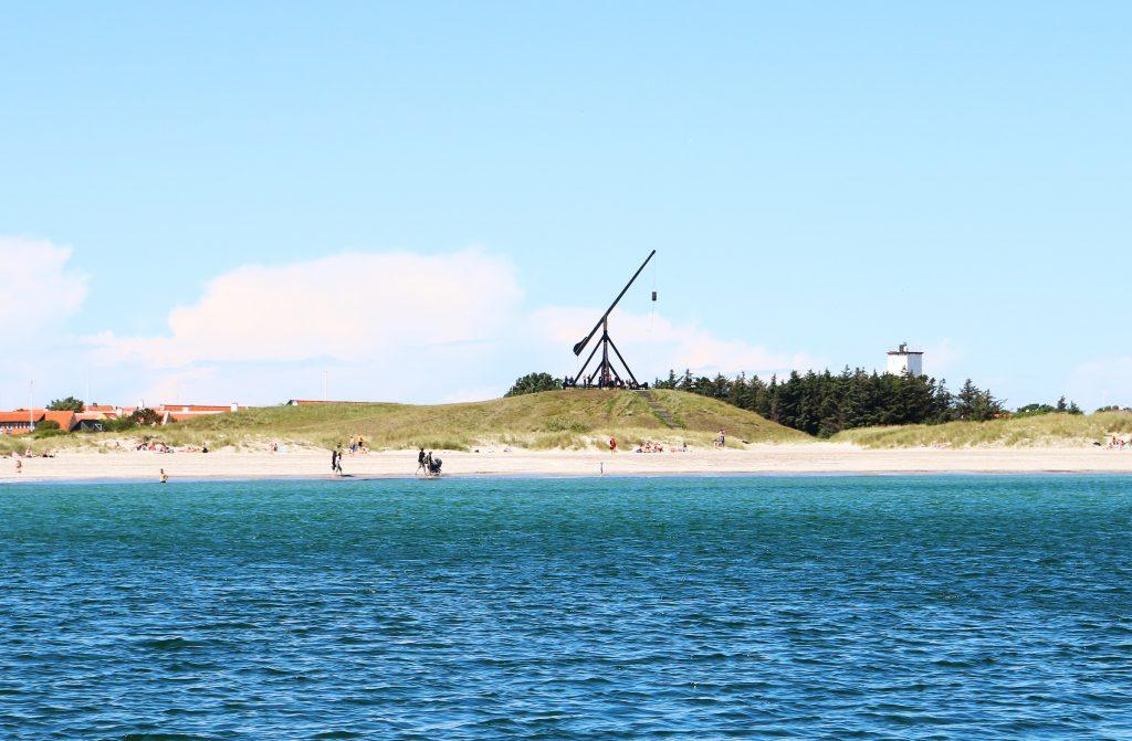 Byen i havgapet: Skagen har Danmarks største havn, målt i omsetning. Havet er ett og alt for skagboene.