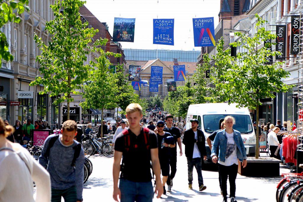 Let´s rethink: Det er slagordet Aarhus og Aarhusianerne lever etter. 2017 blir året over alle år i Danmarks nest største by. Foto: Flemming Hofmann Tveitan/Fjord Line