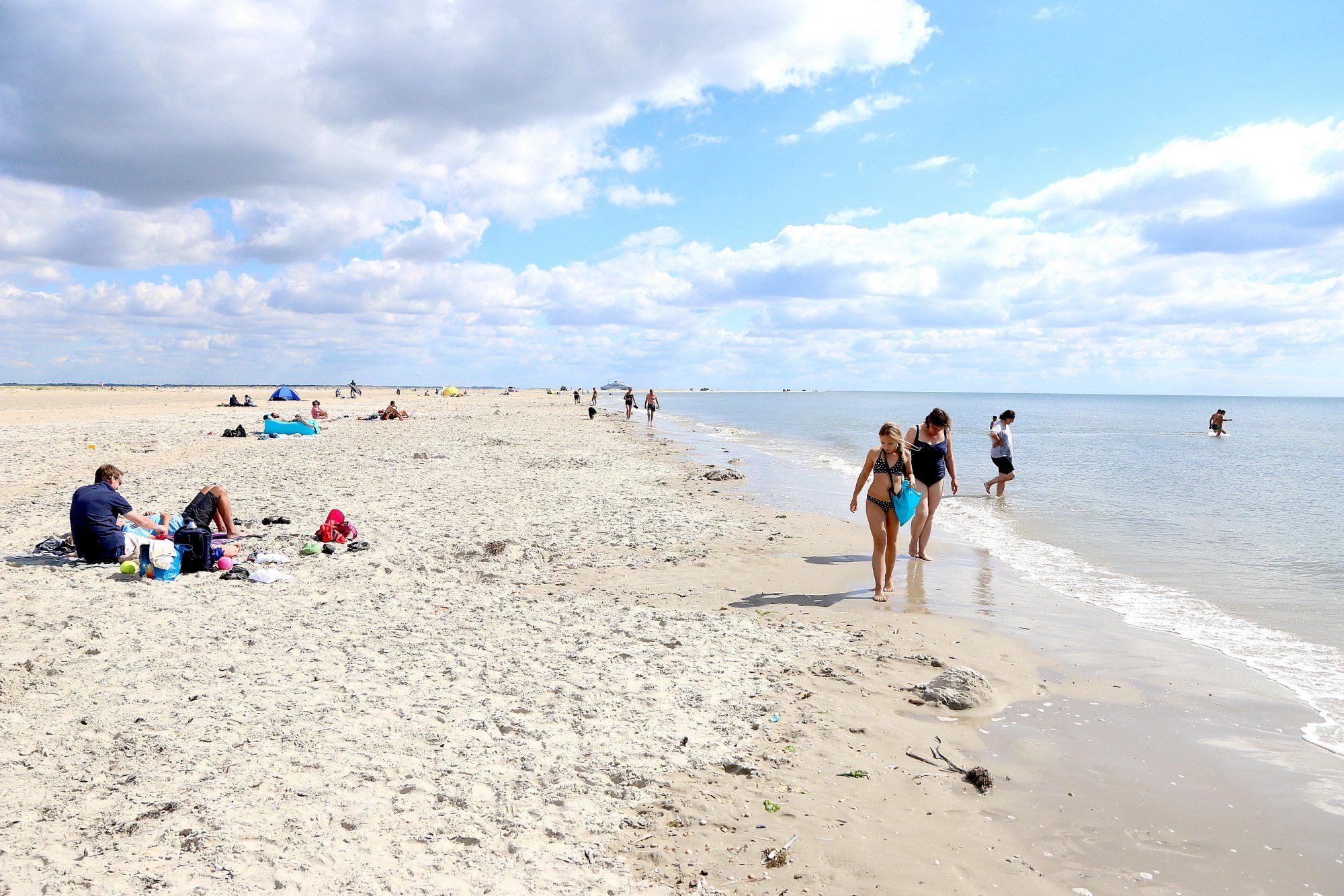 Plass nok til alle: Liker du dårlig sild-i-tønne-varianten når du er på stranda, er Rømø utvilsomt steder for deg. Foto: Flemming Hofmann Tveitan/Fjord Line