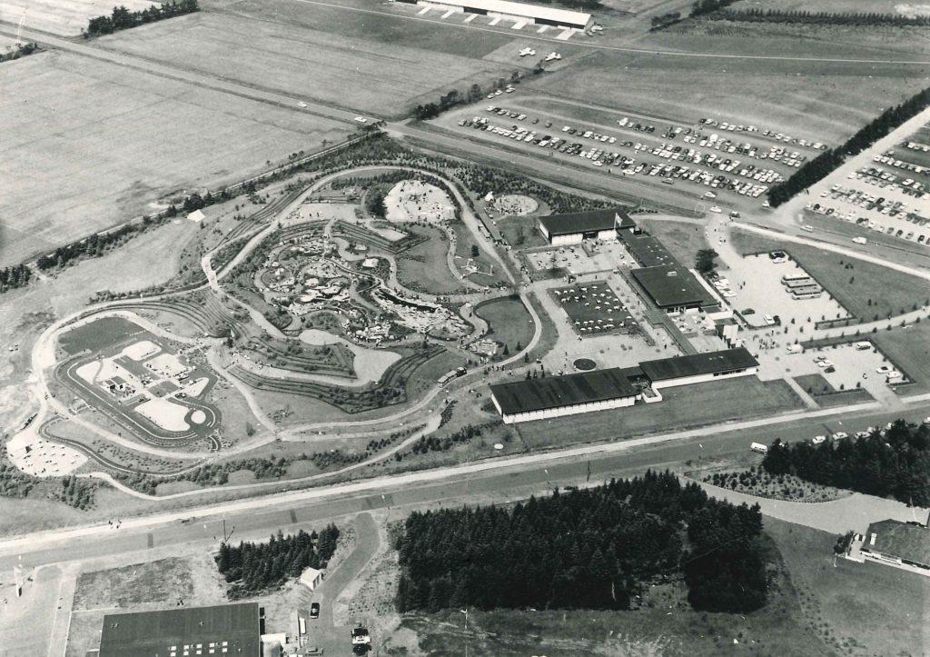 Luftfoto av LEGOLAND i åpningsåret 1968. Det skjedd en hel del på området siden den gang. Foto: LEGOLAND